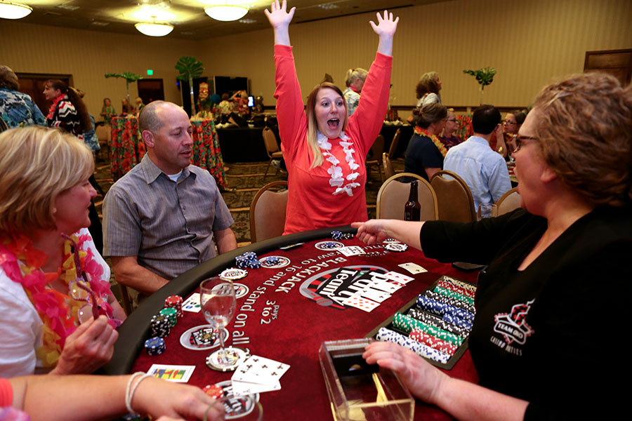 How to qualify for poker tournaments